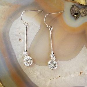 Long silver drop rhinestone earrings GUC
